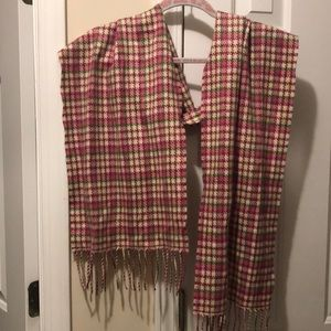 NWOT 100% Cashmere scarf! Made in Scotland!